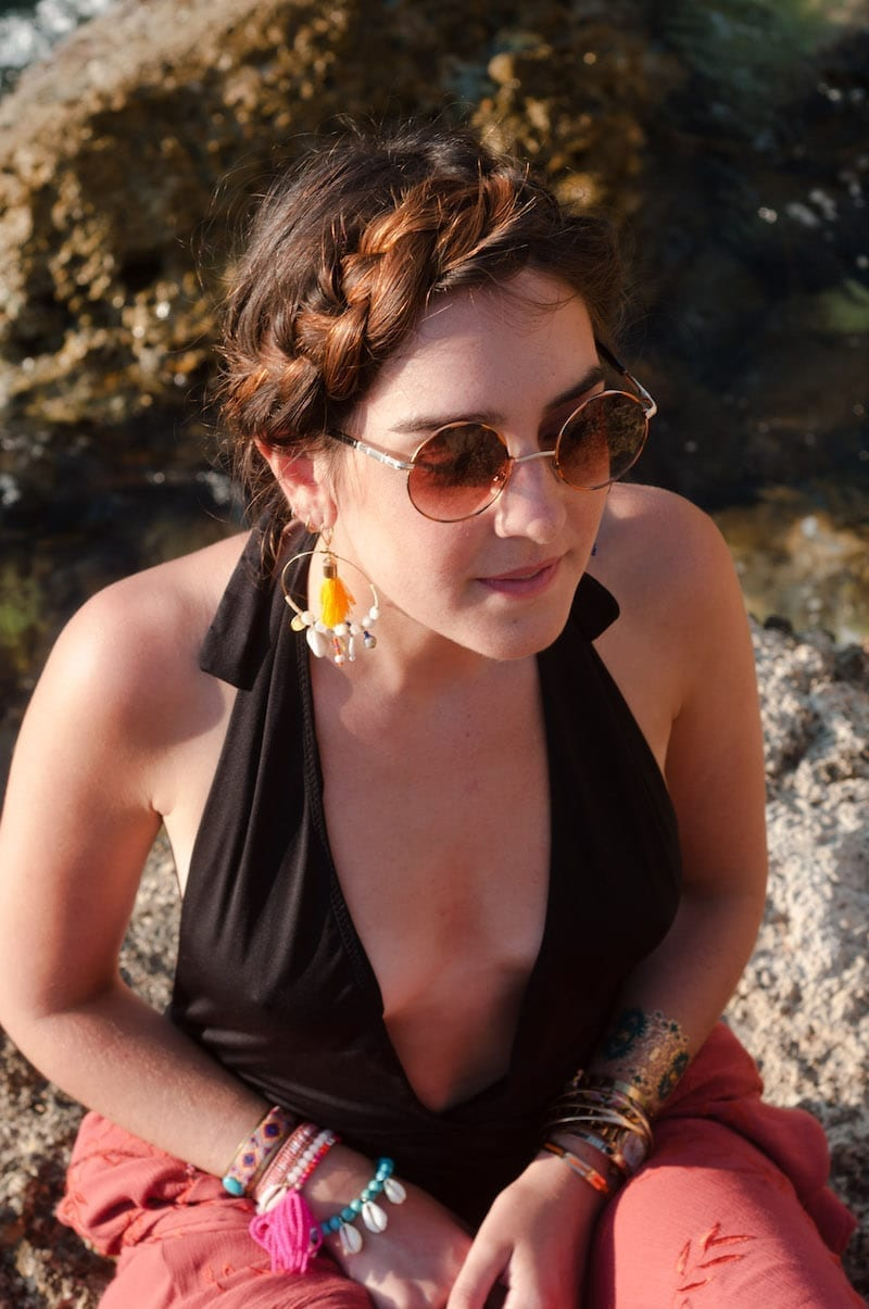 Look de plage avec Camille Albane