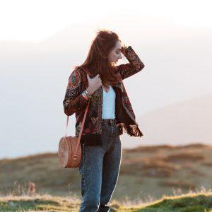 Couture : une jolie veste à fleurs pour l'automne