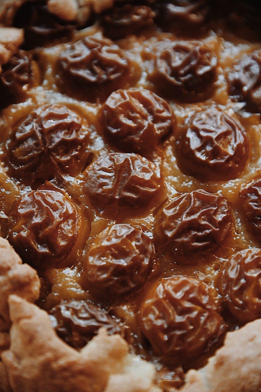 Recette tarte rustique aux prunes de saison